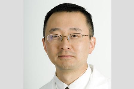 Thumbnail portrait of Peter Byung-Hoon Kang